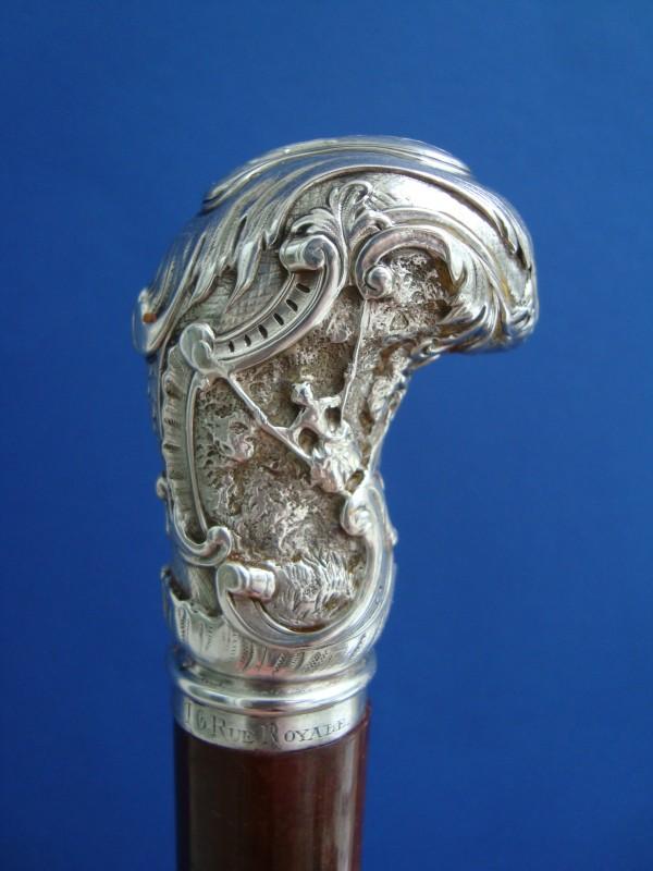Silberknauf mit barocken Stilelementen